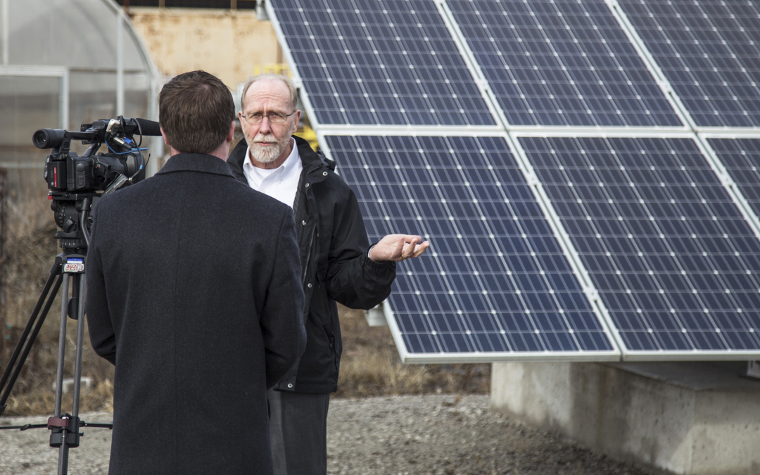 Iowa Congressman Loebsack visits Ideal Energy Solar